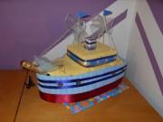 Loď z uterákov